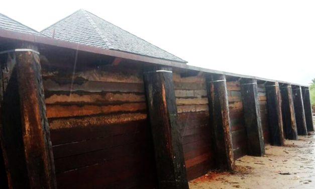 Réalisation d'un mur de soutènement en bois classe IV
