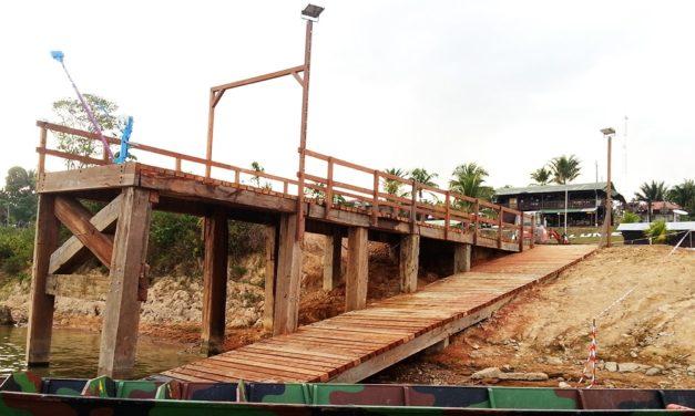 Camp Lunier : Aménagement d'un quai de déchargement au Camps Lunier à Maripasoula